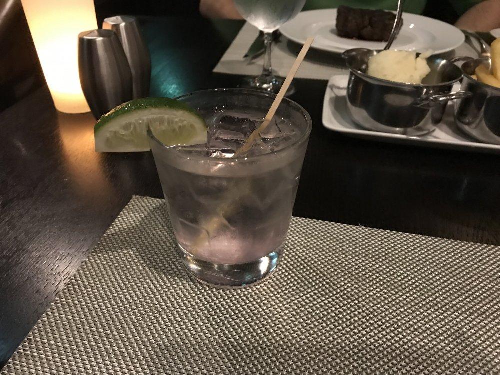 Day_1-Chops_Drink.thumb.jpg.2dd688f06dec16f8b7796b18df29bd8c.jpg