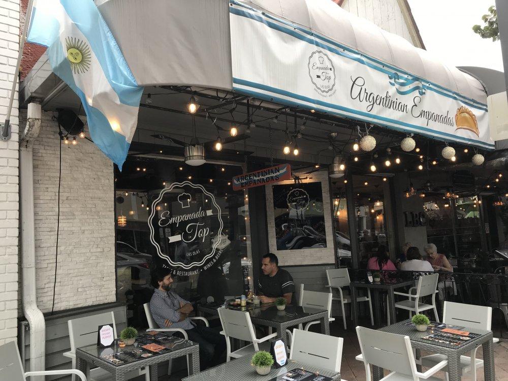 Day_1-Empanada_Restaurant.thumb.jpg.f32fe2ecaac2cfc1c2e8412eceae6c2c.jpg