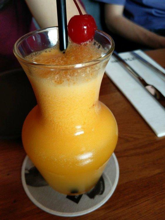 drink3.thumb.jpg.ab046b20dc45f25905569240443d4cd0.jpg