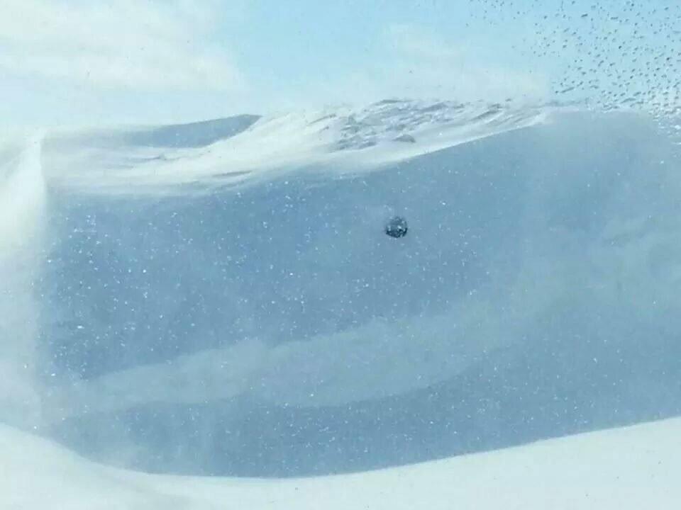 snow1.jpg.c982e996bf9ef233e822e8a259f6a34c.jpg
