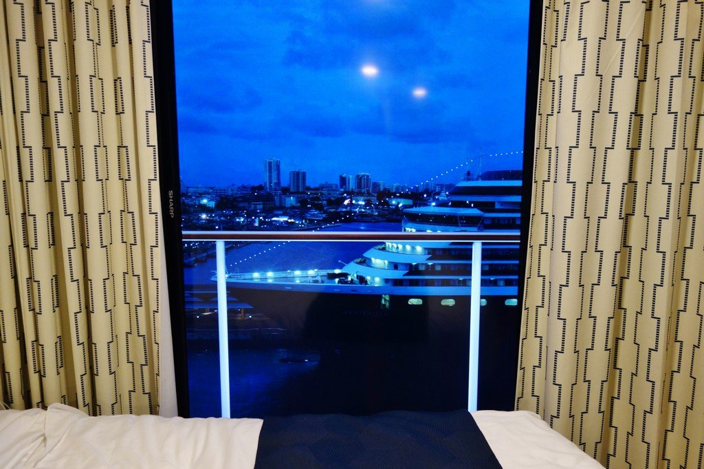 8 days of virtual balcony views on quantum of the seas for Definition of a balcony