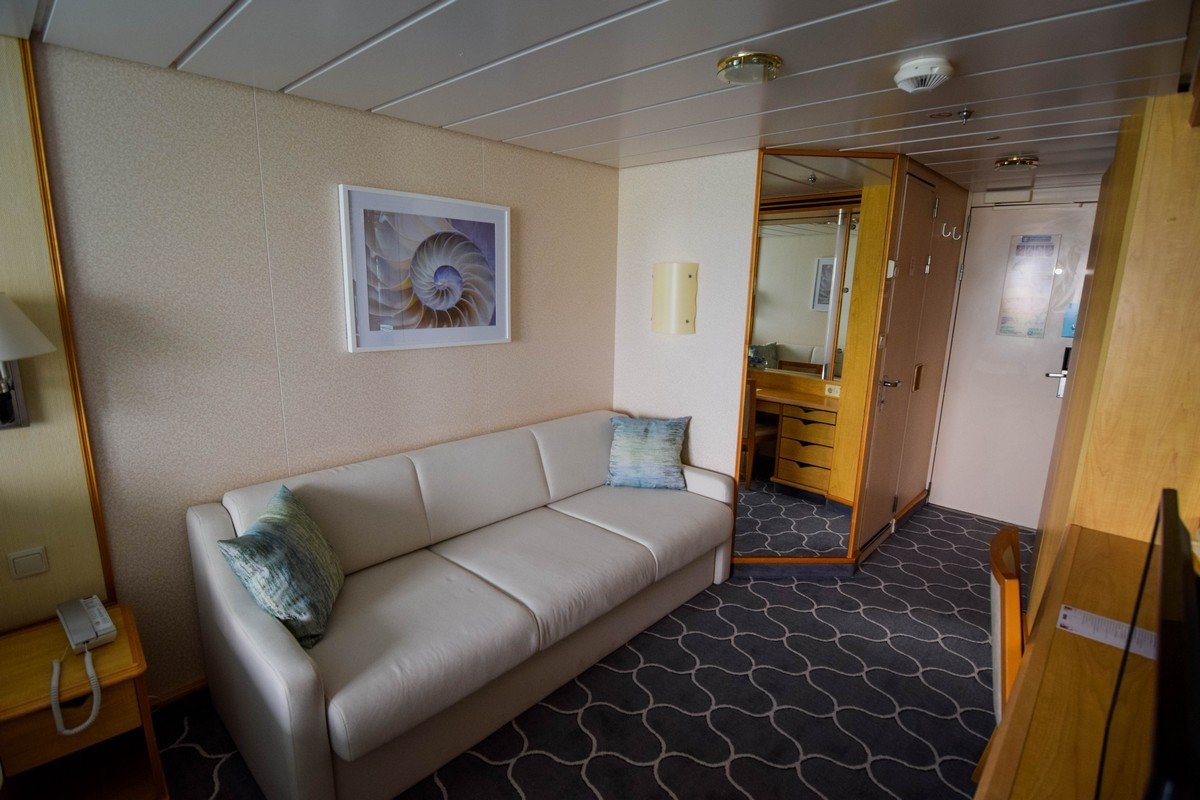 Category 2b Spacious Ocean View Stateroom With Balcony On