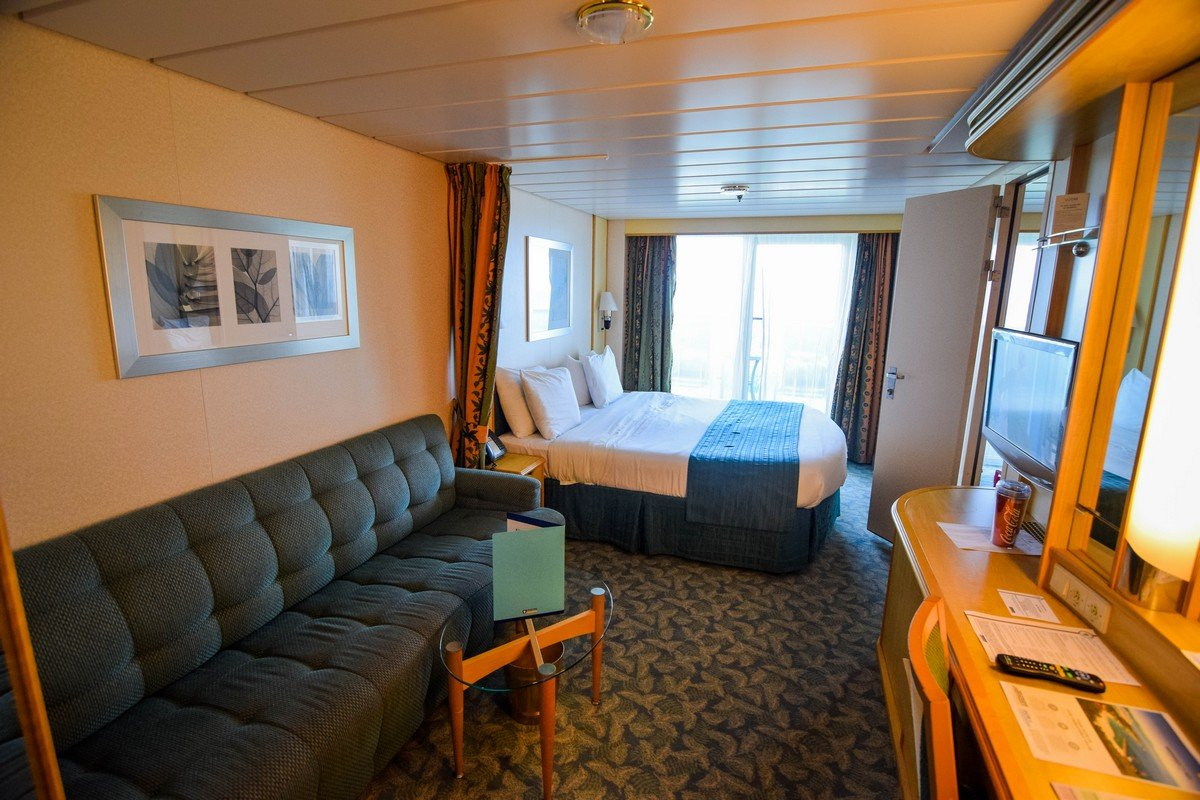 Photo Tour Of Category 6b Spacious Ocean View Stateroom With Balcony On Independence Of The Seas