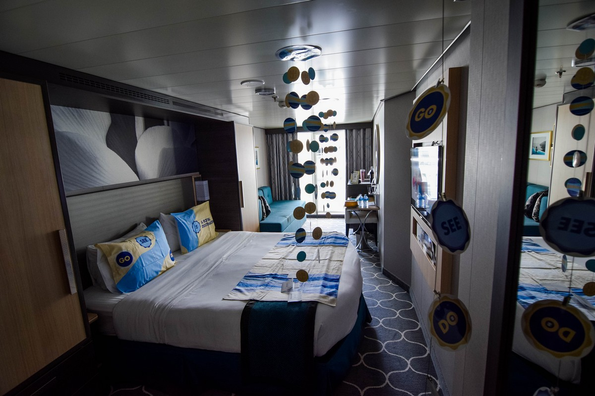 Photo Tour Of Category 2j Central Park View Balcony Stateroom On Harmony Of The Seas Royal