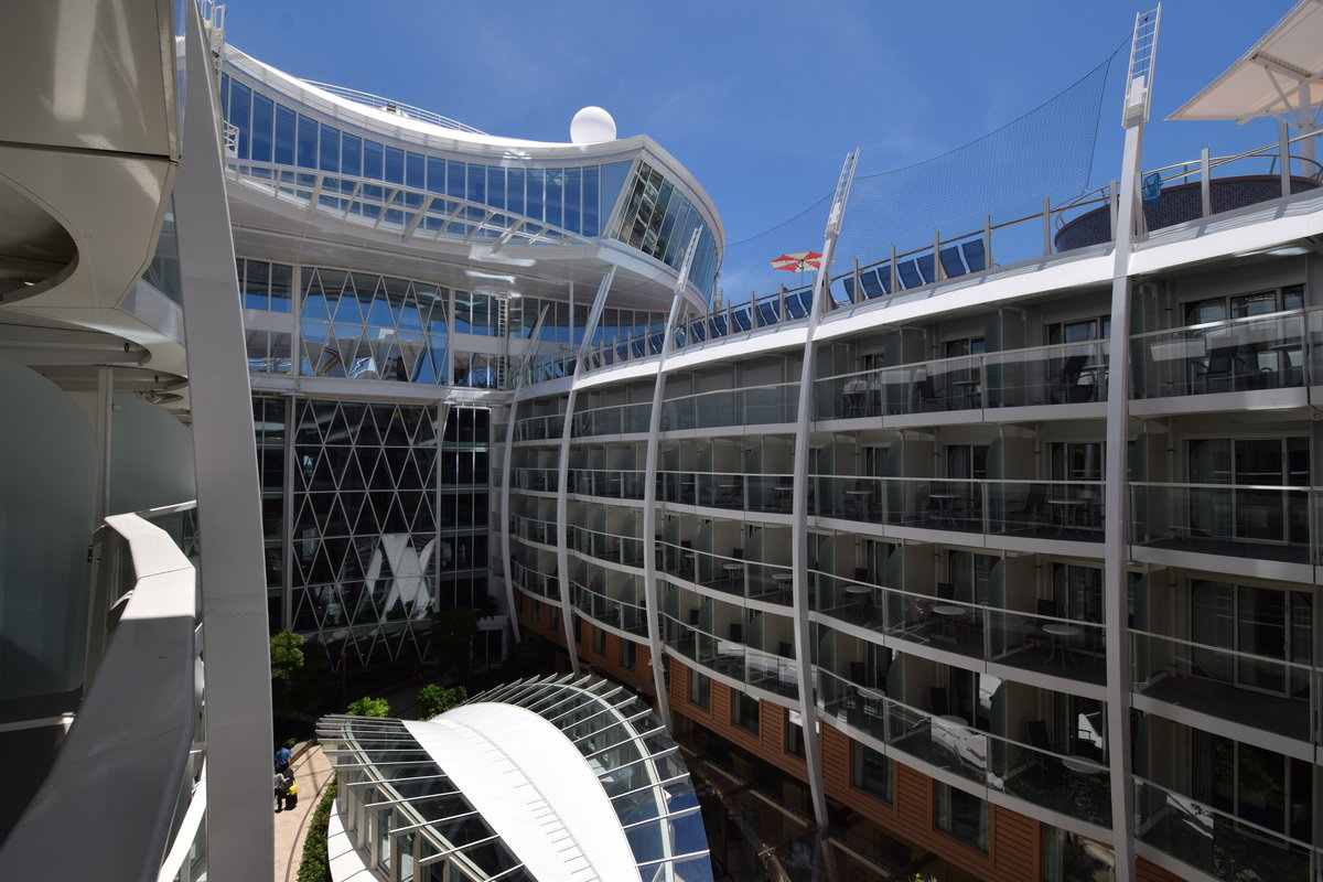 Harmony Of The Seas Live Blog Day 1 Embarkation Day Royal Caribbean Blog