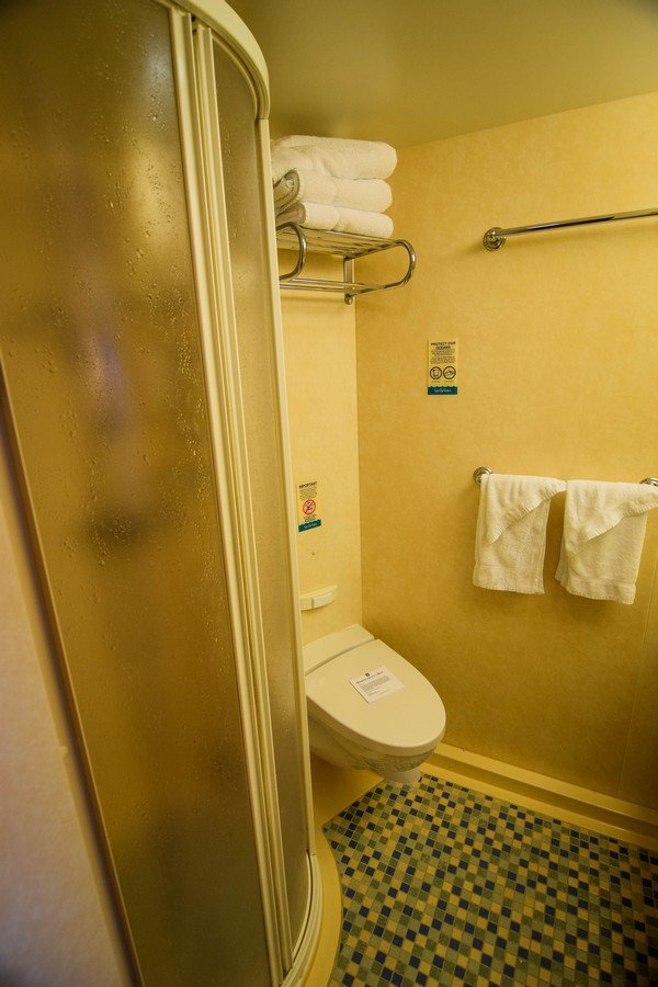 Photo Tour Of Category 6b Spacious Ocean View Stateroom