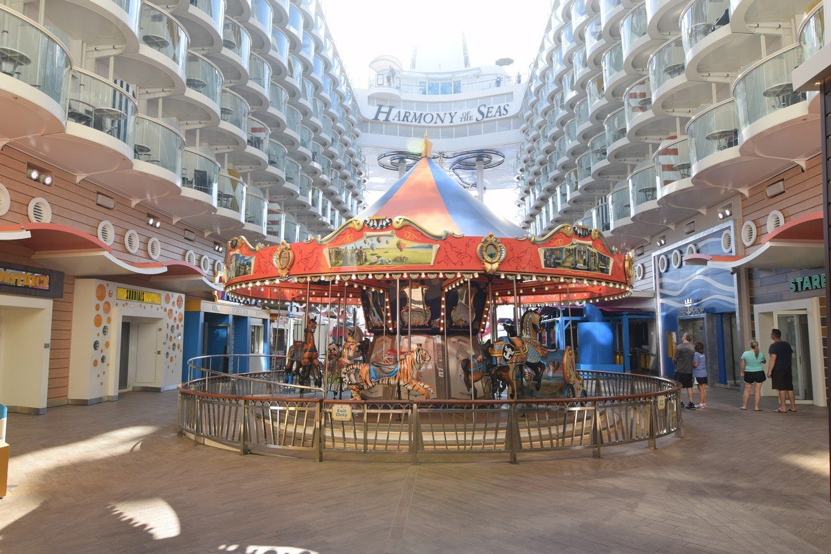 Harmony Of The Seas Live Blog Matt S Day 5 Sea Day