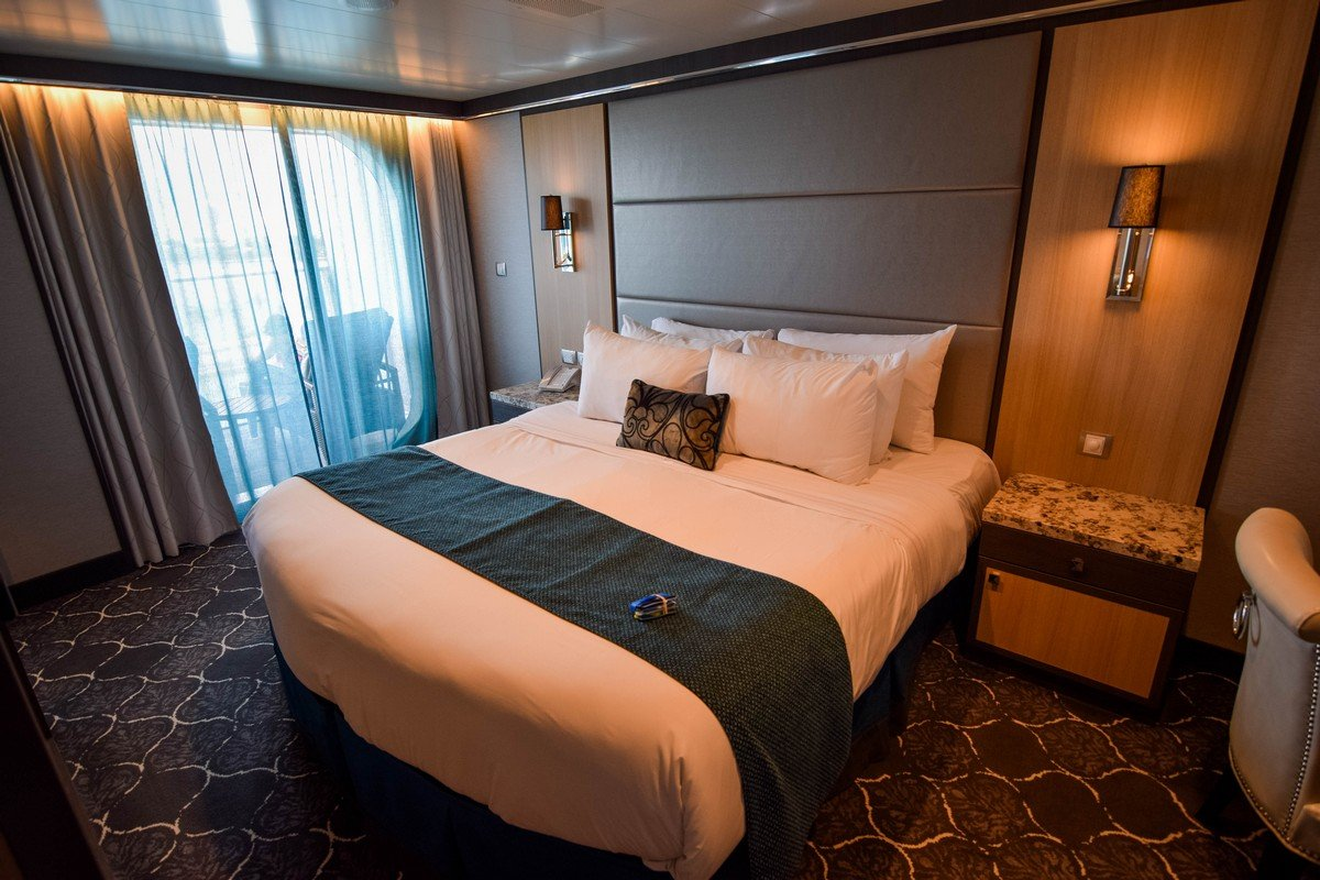Photo tour of Grand Suite on Royal Caribbean's Symphony of