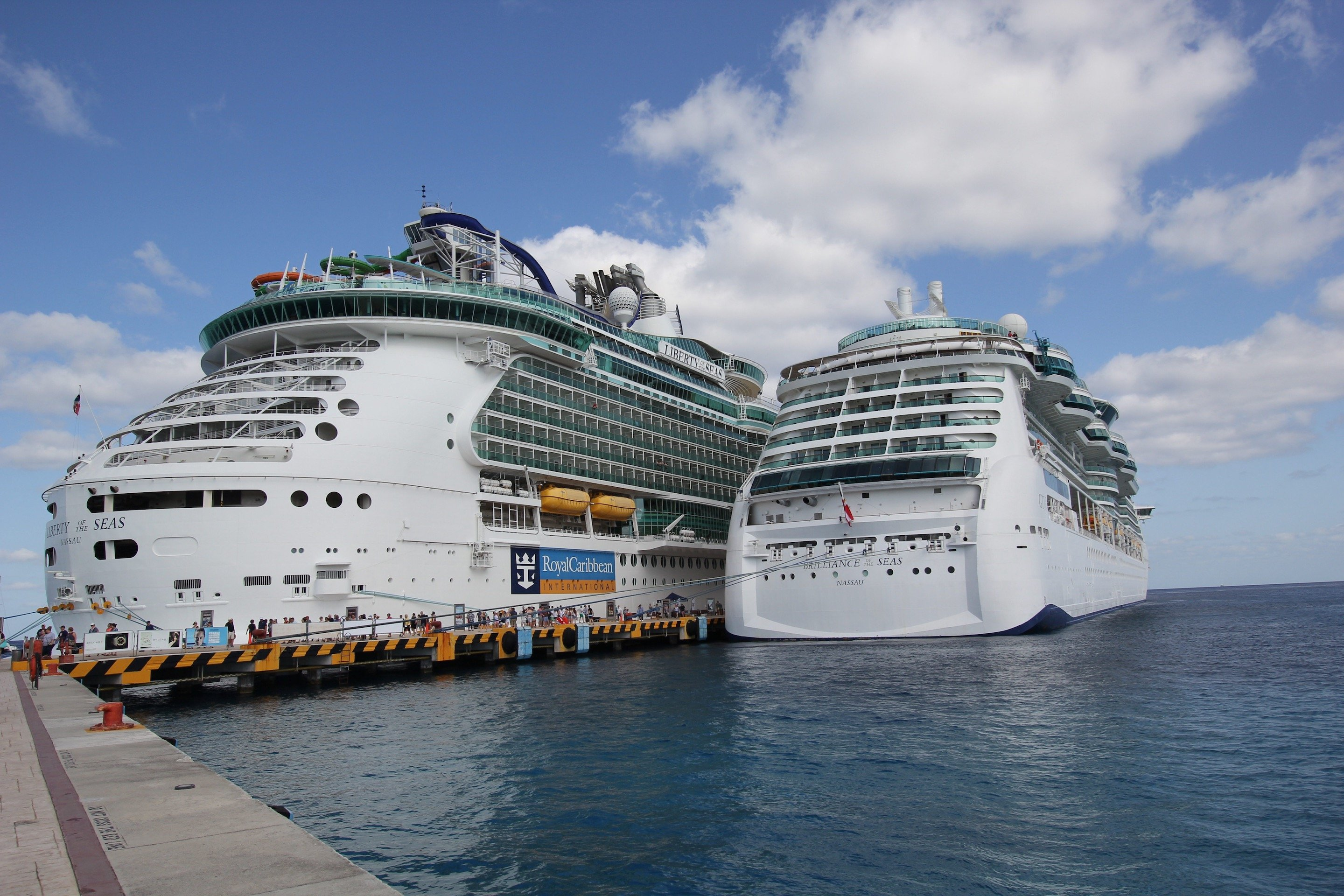 Royal Caribbean Unofficial Blog About Royal Caribbean Cruise Line - Drinking age on a cruise ship