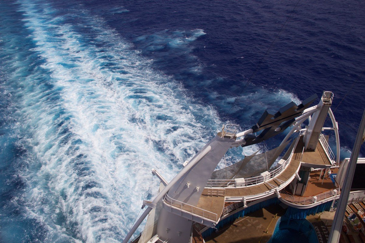 Oasis of the Seas Live Blog Day 3 - Sea Day | Royal Caribbean Blog