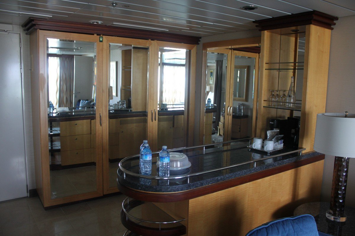 Photo Tour Of Grand Suite On Royal Caribbean S Navigator