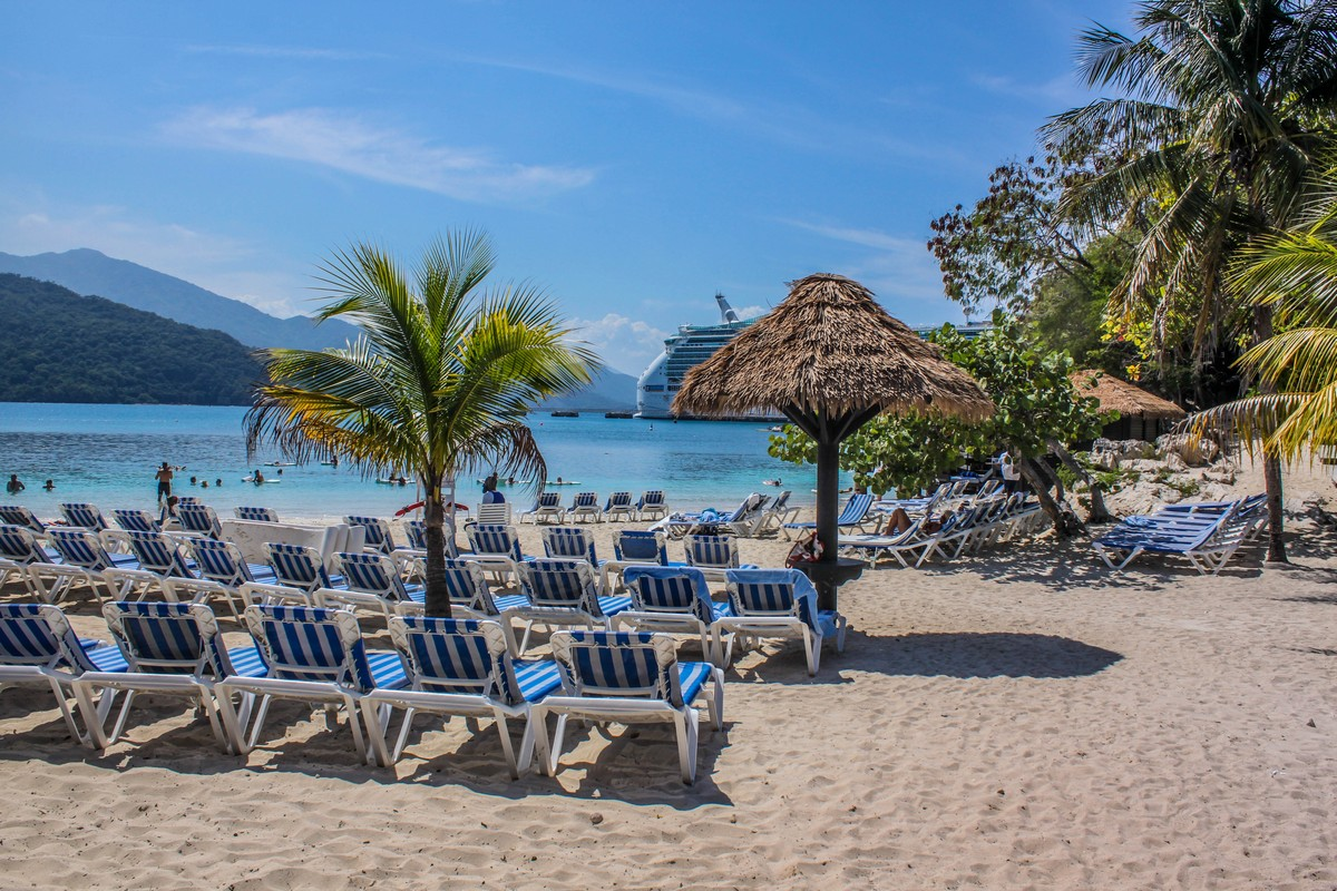 Beach Tents Cabanas : Barefoot beach cabanas on royal caribbean s labadee