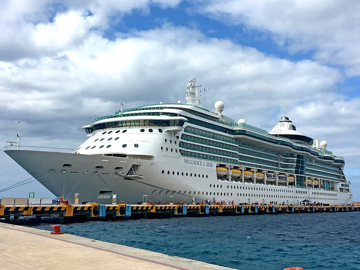 brilliance-cozumel-dock.jpg?itok=E_KNVrX
