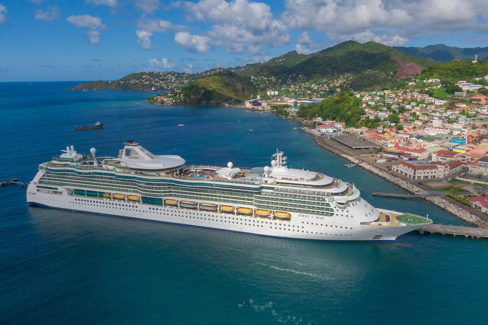 Cruise industry met with CDC this week about cruises restarting this summer