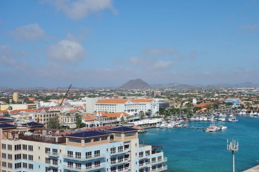 Explore The Beauty Of Caribbean: Top 10 Reasons To Visit Aruba