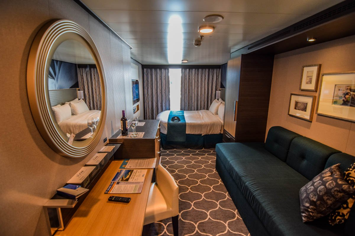 Category Central Park View Balcony Stateroom Symphony The Seas Tour Royal