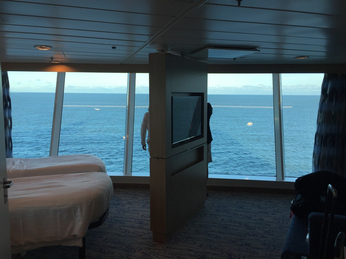Photo tour of Royal Caribbean Larger Panoramic Ocean View stateroom on Freedom of the Seas