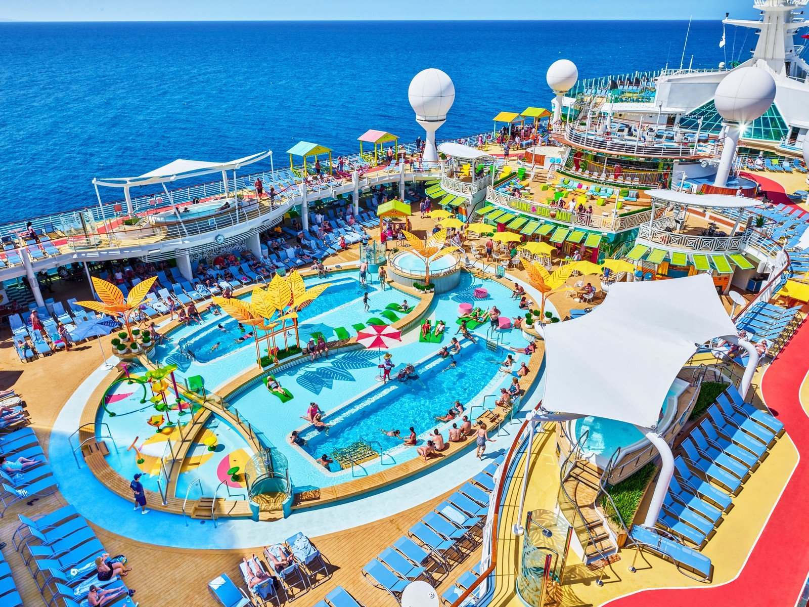 6 things that happen on a cruise that nobody talks about