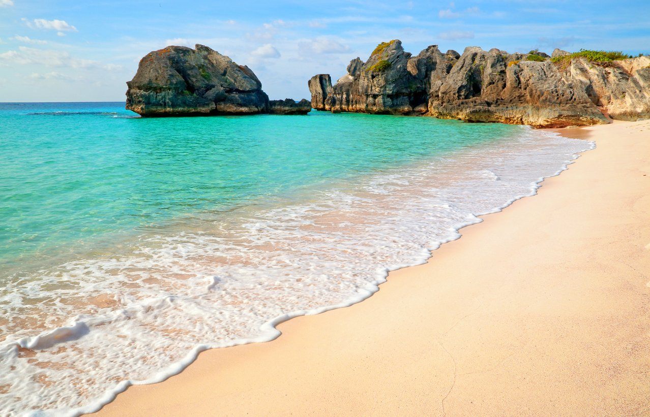Royal Caribbean subsidizing flights from New York to Bermuda for summer 2021 cruises as low as $99