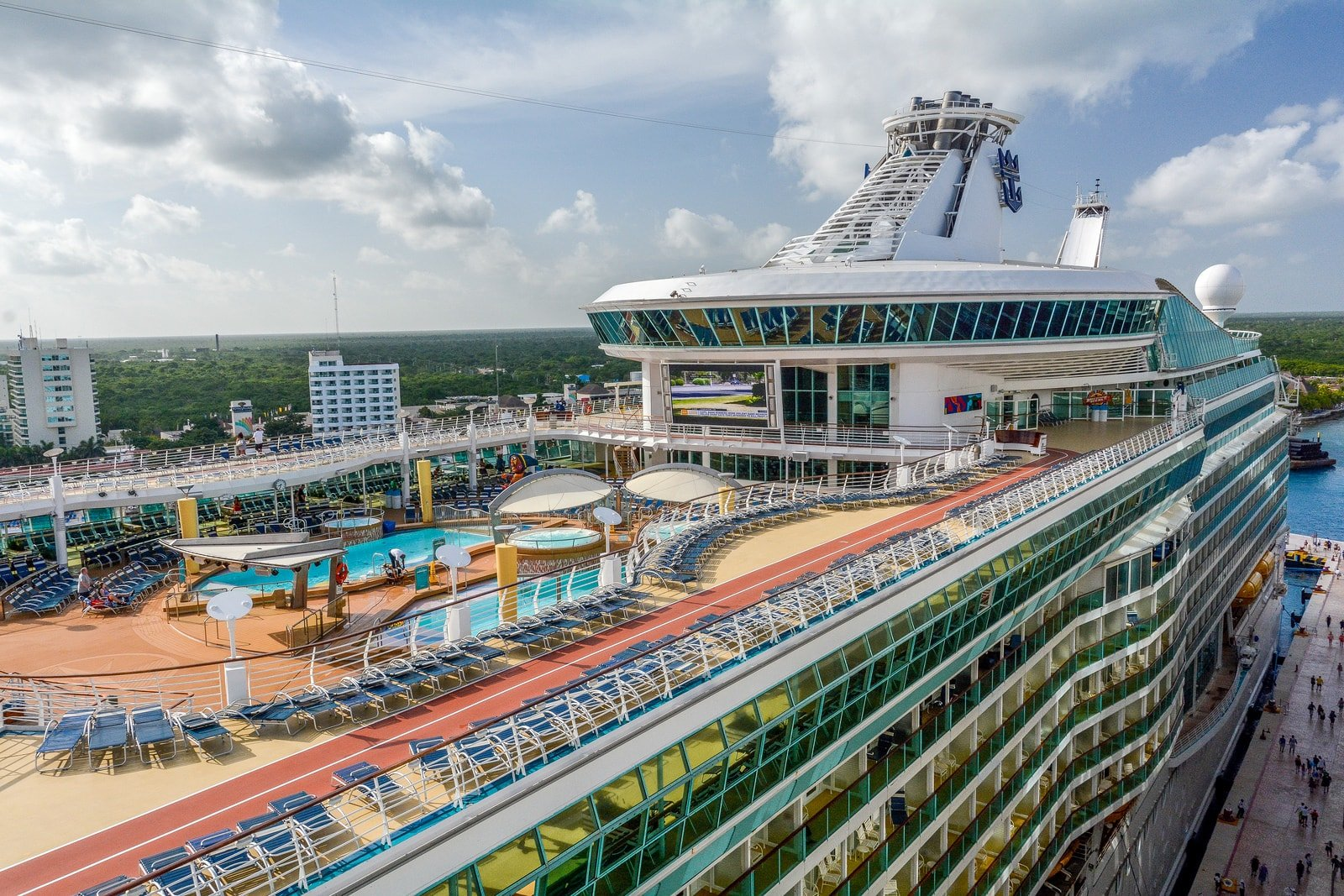 Royal caribbean cruise ship term glossary royal for Definition of a balcony