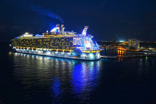 Photo of the day allure of the seas at night royal - Allure of the seas fort lauderdale port address ...
