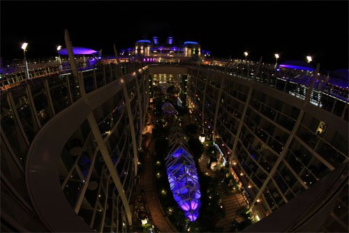 Photo Of The Day Oasis Of The Seas Pool Deck At Night