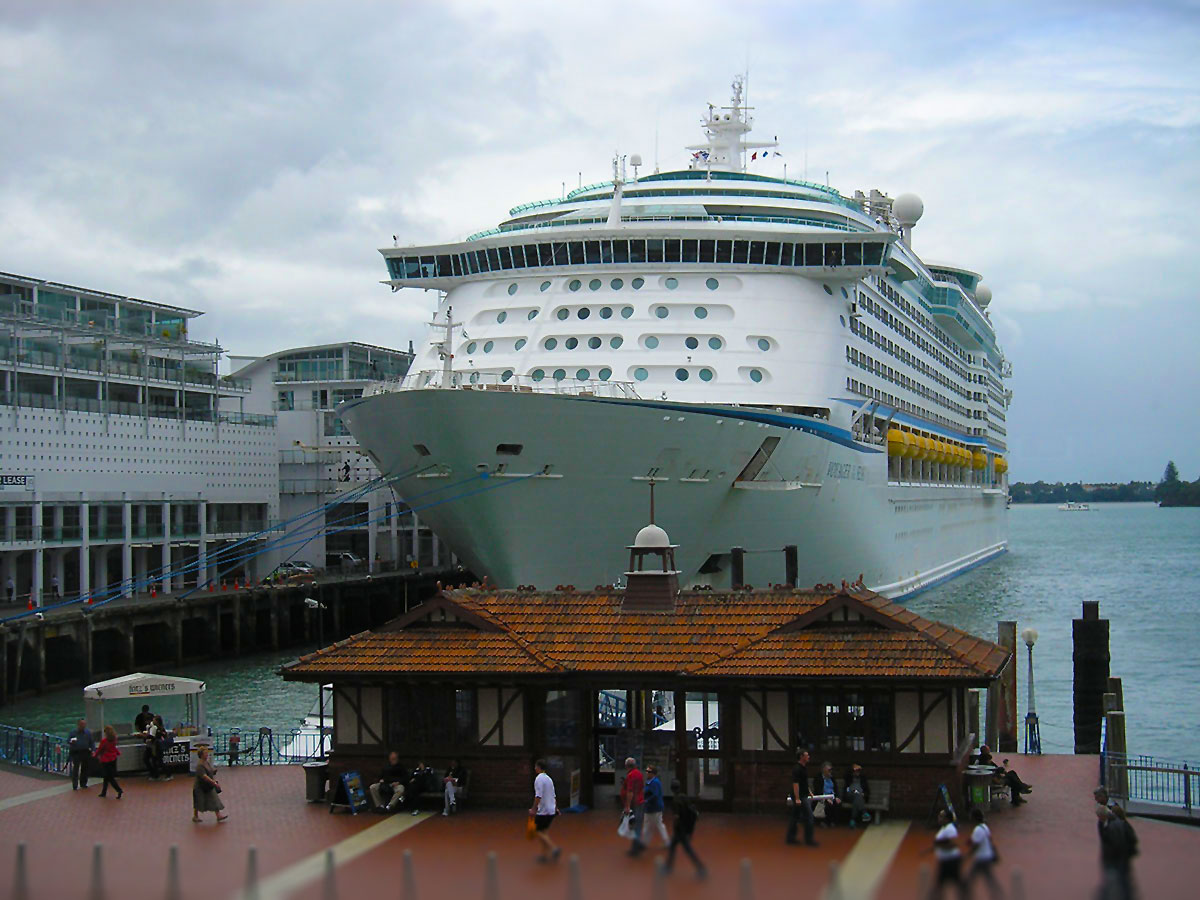 Photo Report Voyager Of The Seas In Auckland New Zealand