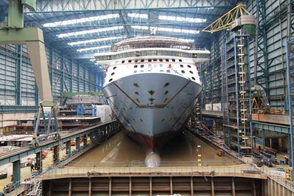 Royal Caribbean - Unofficial blog about Royal Caribbean ...Quantum Of The Seas Float Out