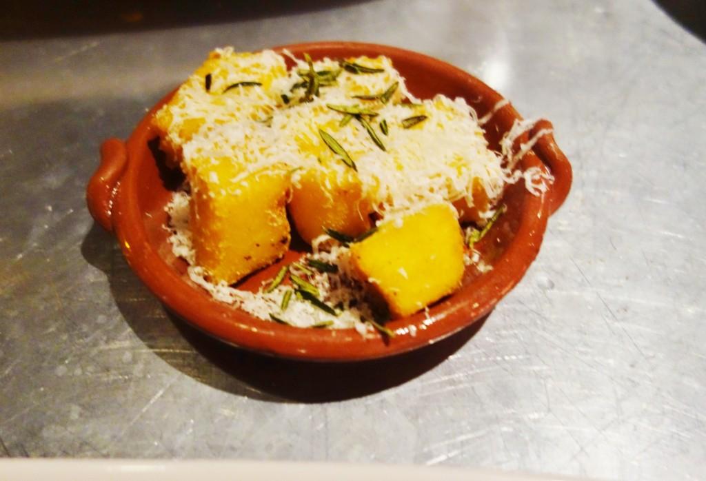Jamie 39 s italian royal caribbean blog for Antonios italian cuisine