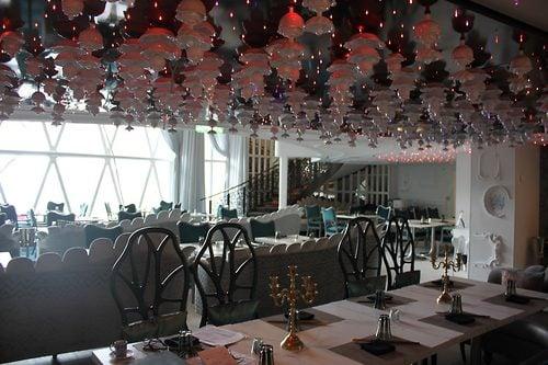 Restaurant Review Wonderland On Harmony Of The Seas