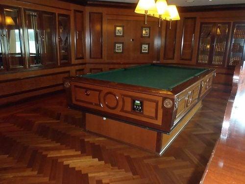 Top Royal Caribbean Brilliance Of The Seas Hidden Secrets Royal - Cruise ship pool table
