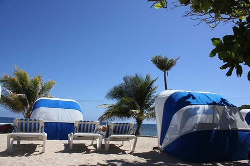 Beach Lounger For Two Beach Lounger For Two Review