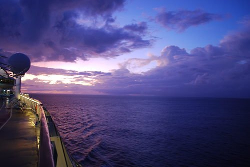 La croisiere pourquoi, comment!... Purple-night