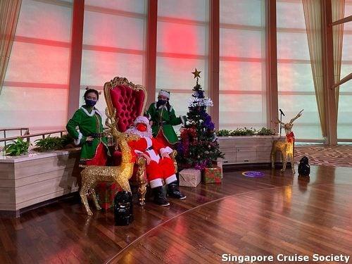 Royal Caribbean Cruise December 2021 Christmas Photos Royal Caribbean Cruise Ship Celebrates Christmas At Sea Royal Caribbean Blog