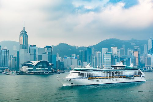 Royal Caribbean S Voyager Of The Seas Finishes First