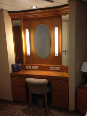 Photo Tour Of Two Bedroom Suite On Royal Caribbean 39 S Brilliance Of The Seas Royal Caribbean Blog