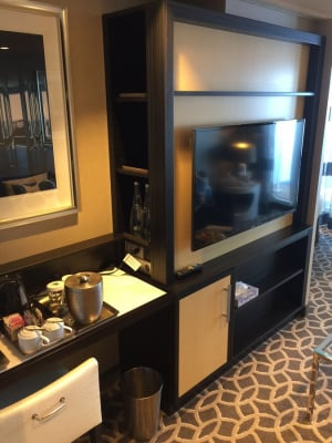 Photo Tour Of Grand Suite On Royal Caribbean S Anthem Of
